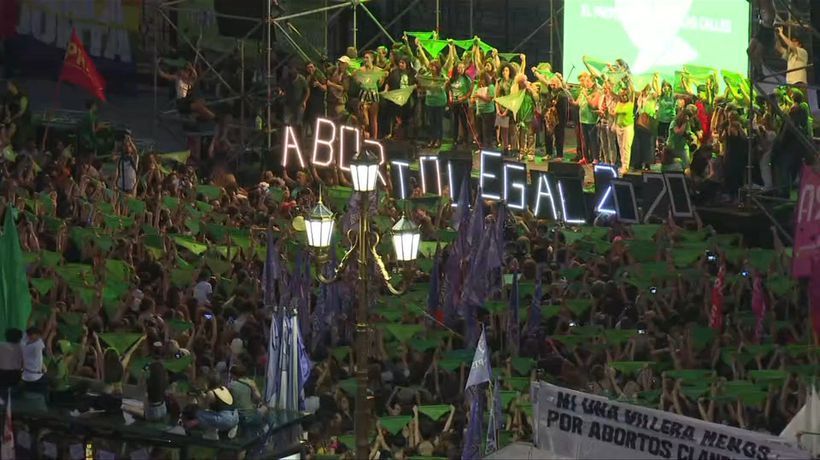 Thousands of women rally for abortion law in Argentina