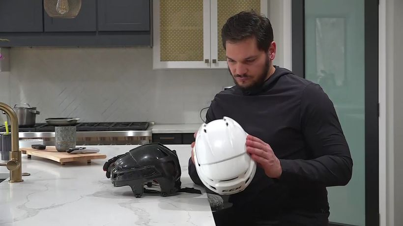 Retired NHL player battles concussion effects
