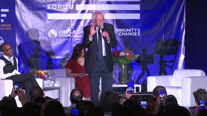 Sanders, Harris pitch immigration reform in Calif.