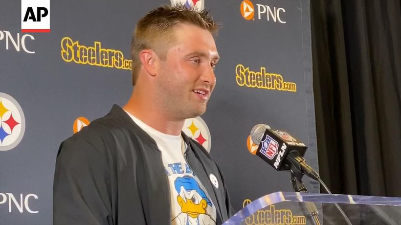 Steelers QB Hodges gets win in first NFL start