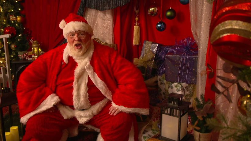 Santa goes online for festive season