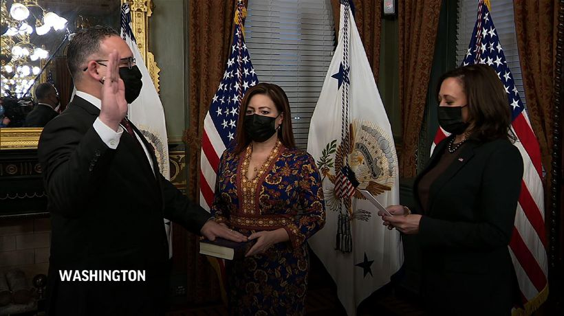 Former teacher sworn in as US Education Secretary