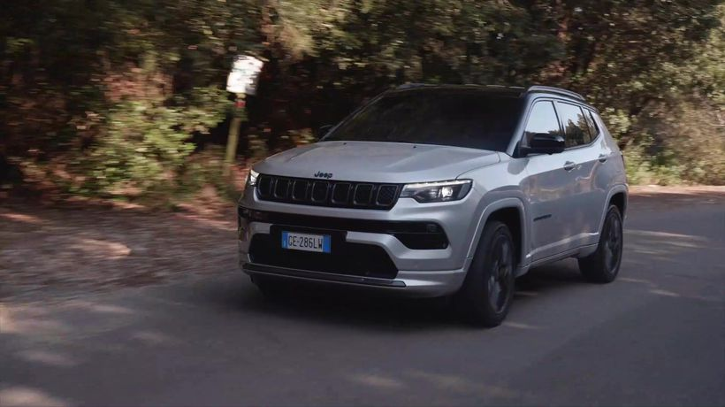New Jeep® Compass S in Glacier Driving in the country