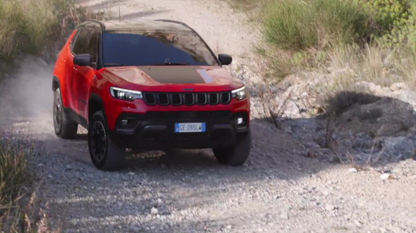 New Jeep® Compass Trailhawk in Colorado Red Offroad driving