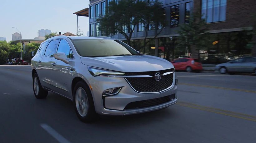 2022 Buick Enclave Driving Video