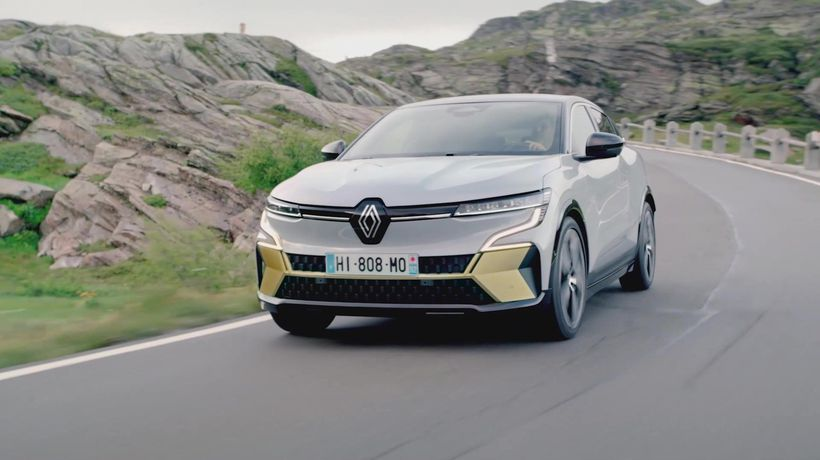 All-new Renault Megane E-TECH Electric Driving Video