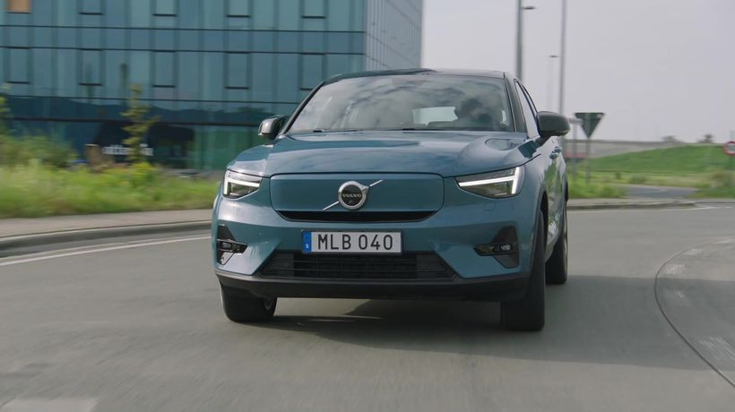The new Volvo C40 Driving Video