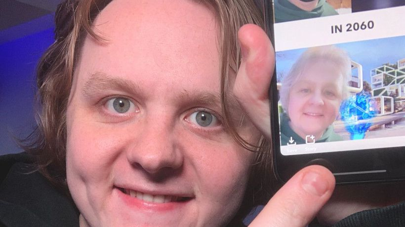Capaldi's virtual reunion: Lewis Capaldi reconnects with pal on Snapchat