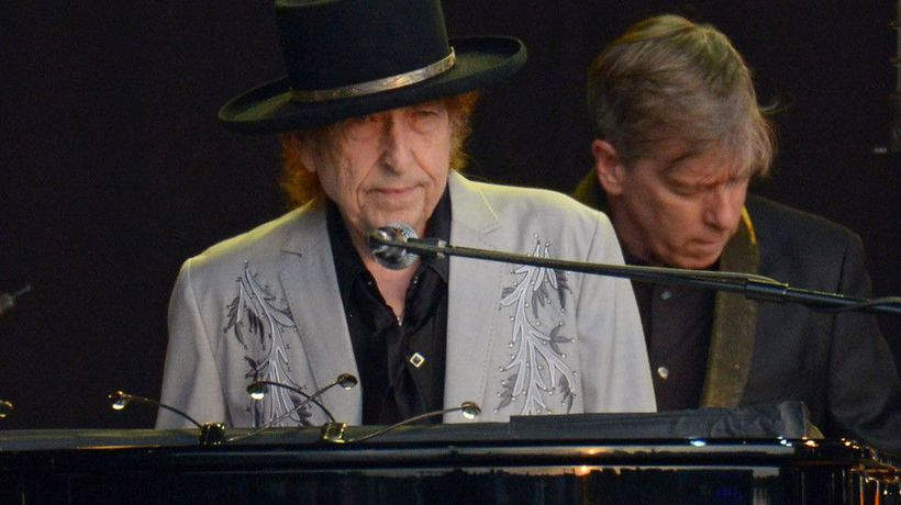 Bob Dylan record finally returned to library in Ohio 48 years late