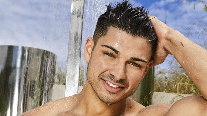 Love Island Anton Danyluk's mum launches shaving themed Instagram