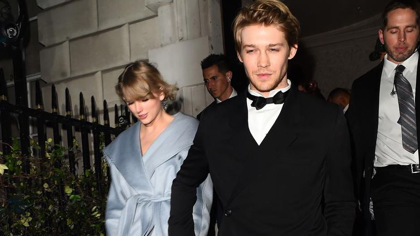 Taylor Swift 'to buy 36m London home'