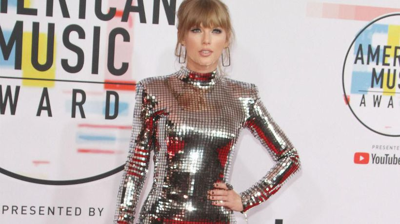 Taylor Swift to re-record old albums in 2020