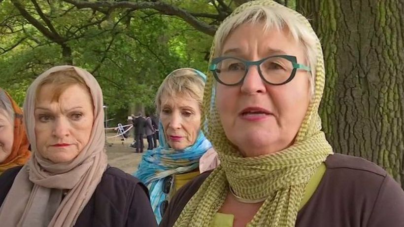 Christchurch women show headscarf 'solidarity'