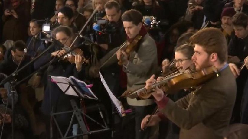 Violins playing for Notre-Dame fire