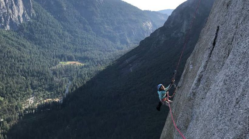 Ten-year-old girl conquers El Capitan