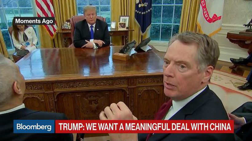 Trump, Lighthizer Clash in Front of Reporters Over Meaning of MOUs