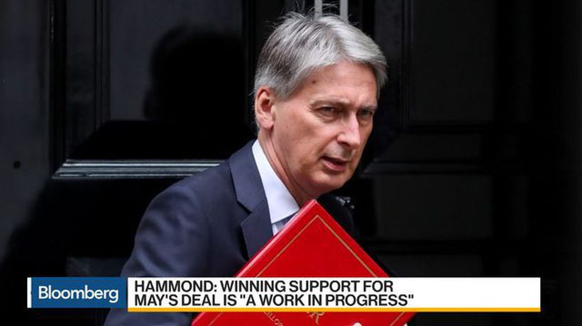 Bloomberg Daybreak: Asia - Tory Lawmakers Face Mounting Pressure to Back May's Brexit Deal