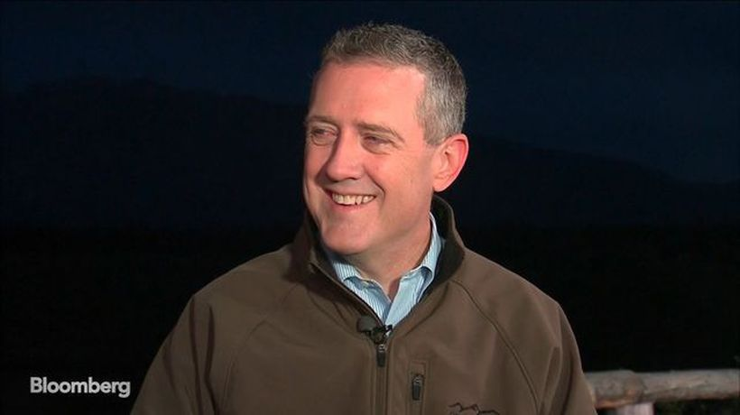 St. Louis Fed's Bullard Sees Need to Insure U.S. Economy Against Spillovers