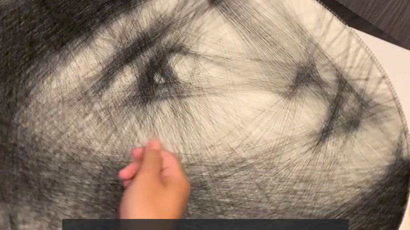 Making portraits woven by a single thread