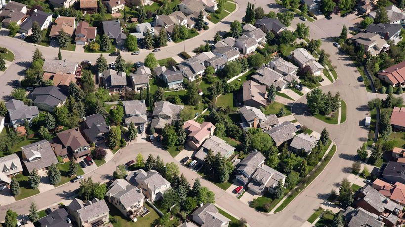 Money Monitor: Should you switch to a fixed-rate mortgage?