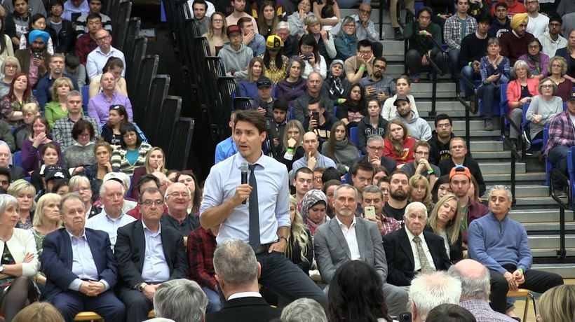 Justin Trudeau takes questions at town hall in Thunder Bay
