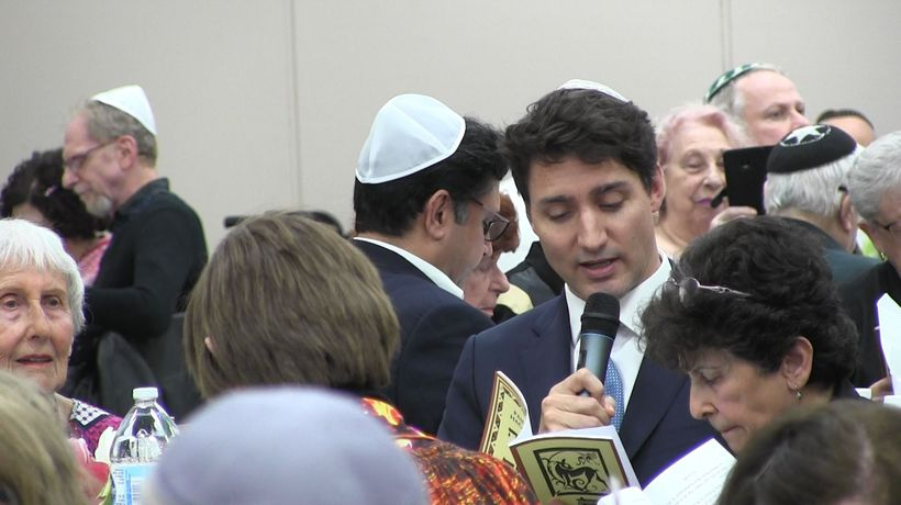 Prime Minister Justin Trudeau takes part in the seder with Jewish community