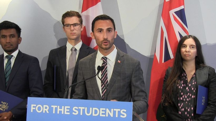 Education minister open to negotiating changes to class sizes in Ontario