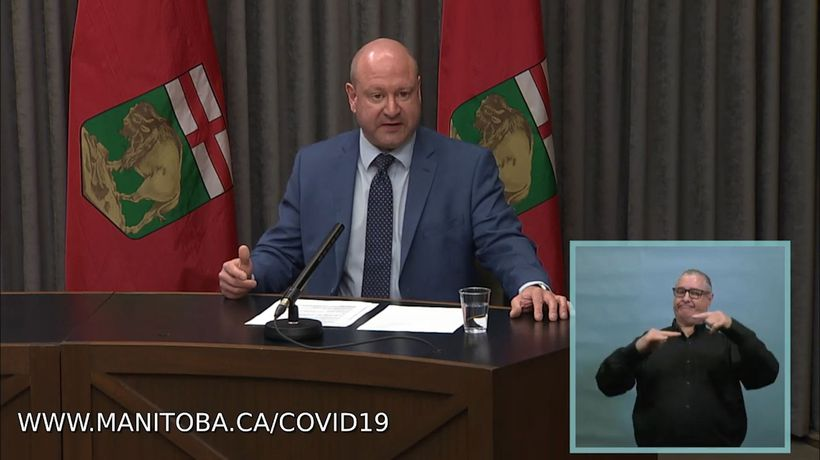 Manitoba officials recommend no travel outside province due to COVID-19