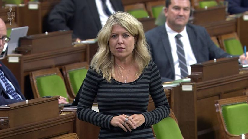 Tory health critic presses Liberals on vaccine availability