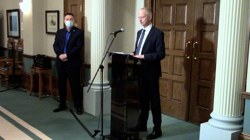 N.L. Tory leader Ches Crosbie steps down after losing seat in provincial election