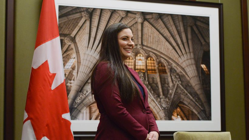 Green leader expresses 'disappointment' over MP turning Liberal