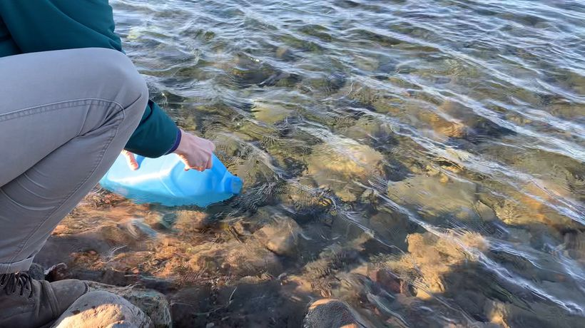 Iqaluit residents collect river water after tap water undrinkable