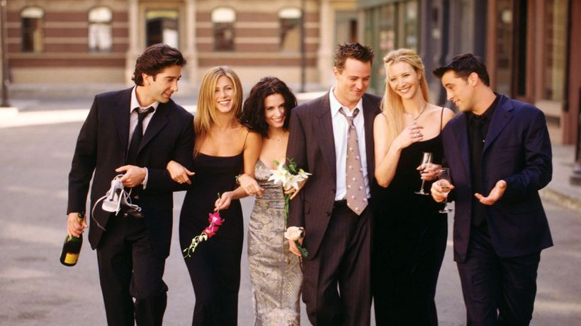 Courteney Cox binge-watching 'Friends' during coronavirus quarantine