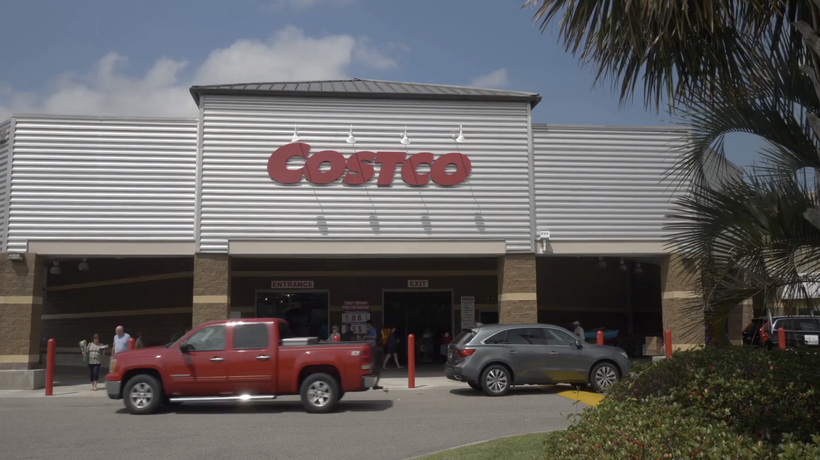5 Sneaky Ways Costco Makes You Spend More