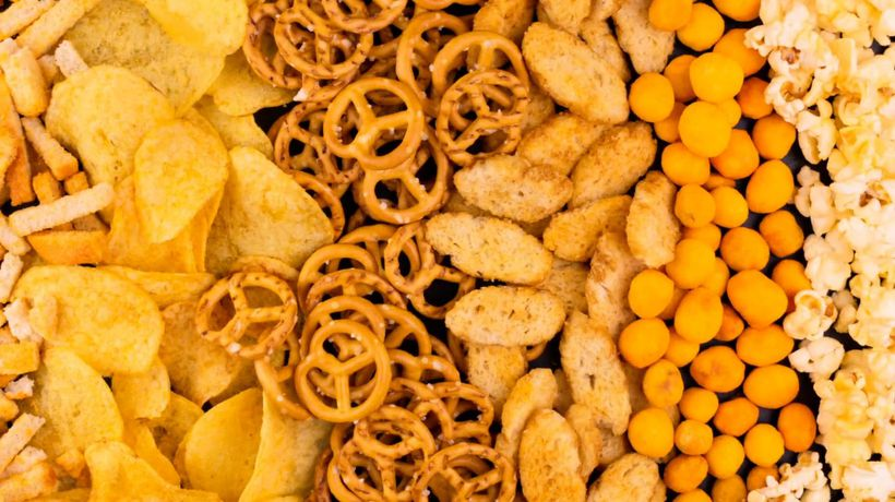 Eating junk food 'will cancel out positive effects of a healthy diet'