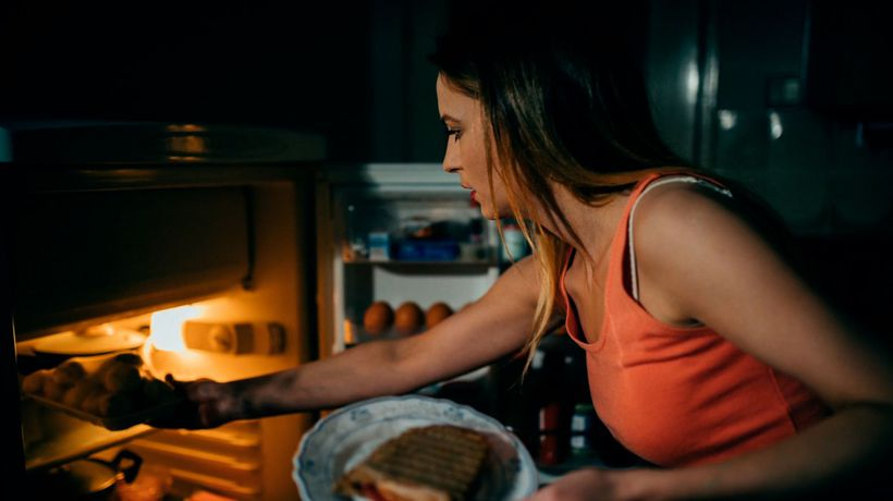 Snacking late at night 'has negative impact on performance at work'