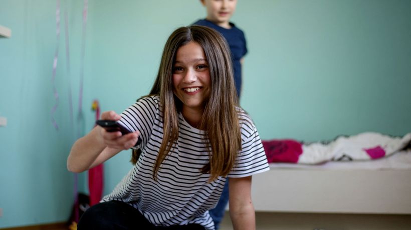 How your child's screen time influences their diet