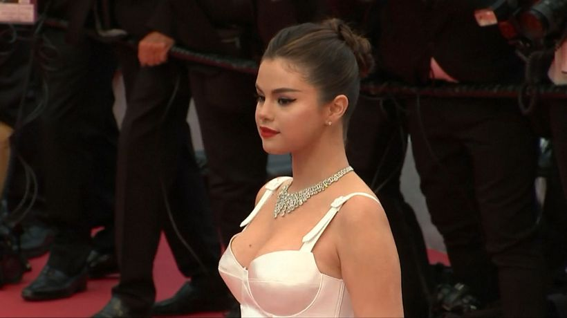 Selena Gomez lost her hair extensions on 'The Dead Don't Die'