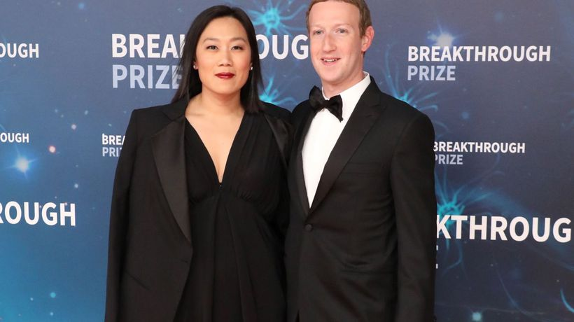 Mark Zuckerberg and Priscilla Chan Want to Cure All Diseases by 2100