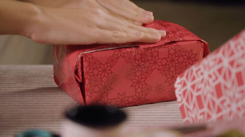 Poorly-Wrapped Gifts Get a Better Response