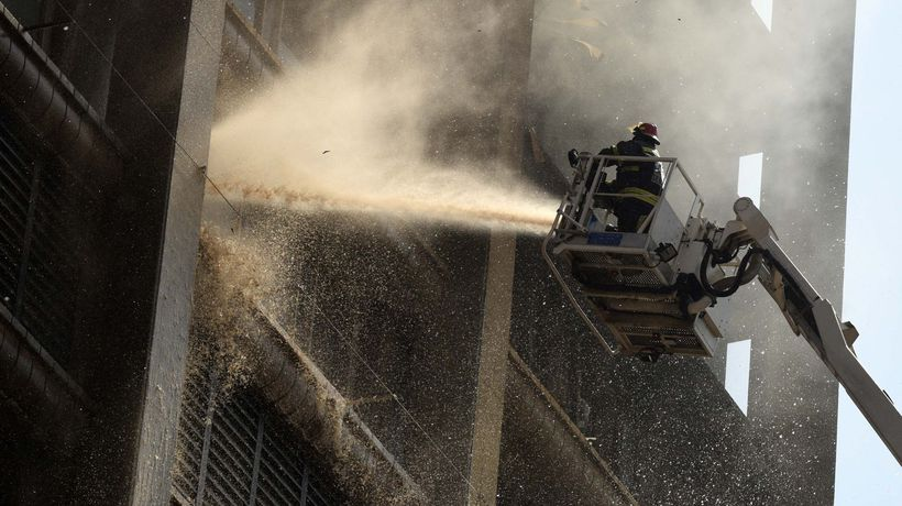 IN VIDEO AND PICS: Joburg's Bank of Lisbon building demolished