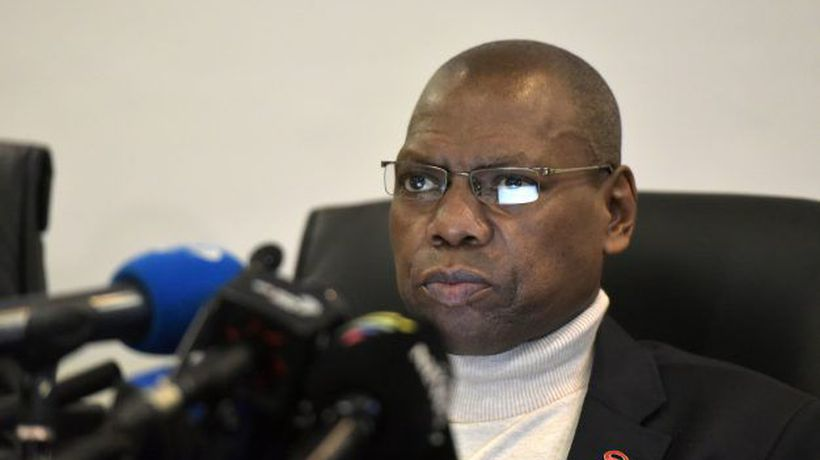 Zweli Mkhize's cough during Covid-19 briefing