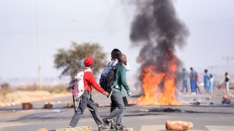 Orange Farm residents protest for lack of water and electricity for over a year