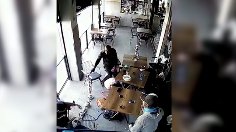 A pair of brazen robbers pounced on a group of diners at Istanbul restaurant in Sunninghill