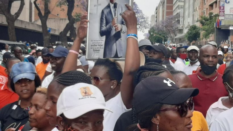 'We are not going back without our Major 1,' supporters sing as Bushiri and wife remain in custody