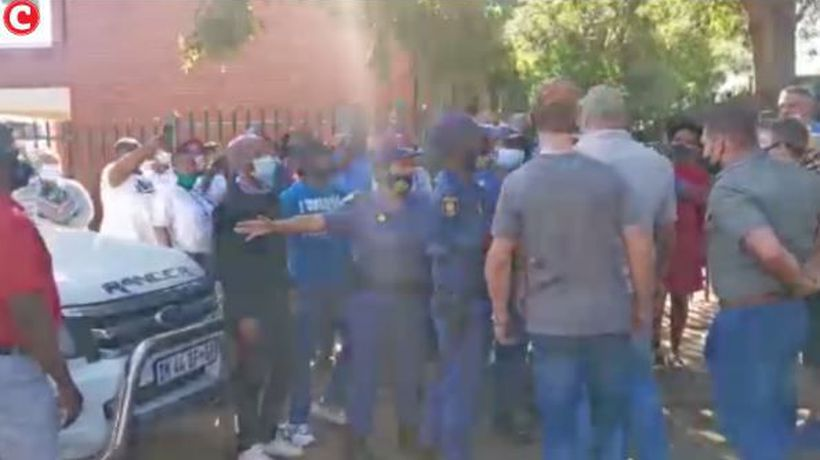 Tensions run high as children allegedly still not placed at Danie Malan Primary School