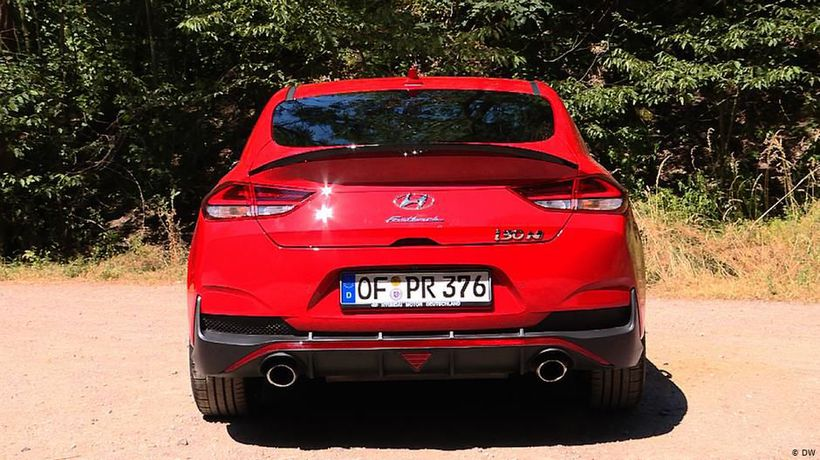 Sporty and elegant: Hyundai i30 Fastback