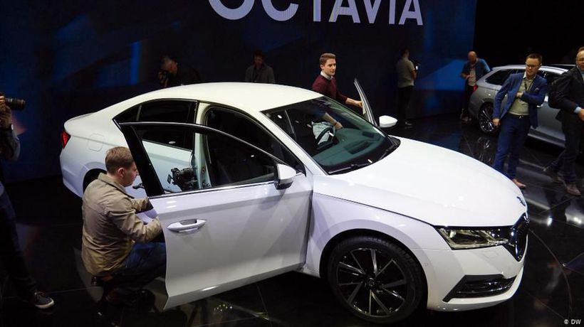 Examine it: Skoda Octavia