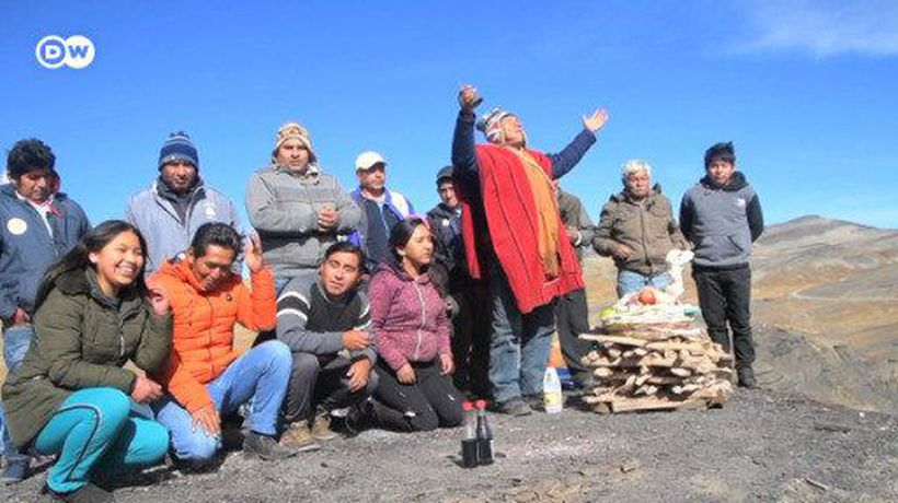 Indigenous Bolivians pray to Pachamama to end pandemic
