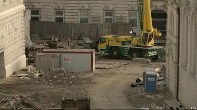 Hungary: Orban is rebuilding Budapest